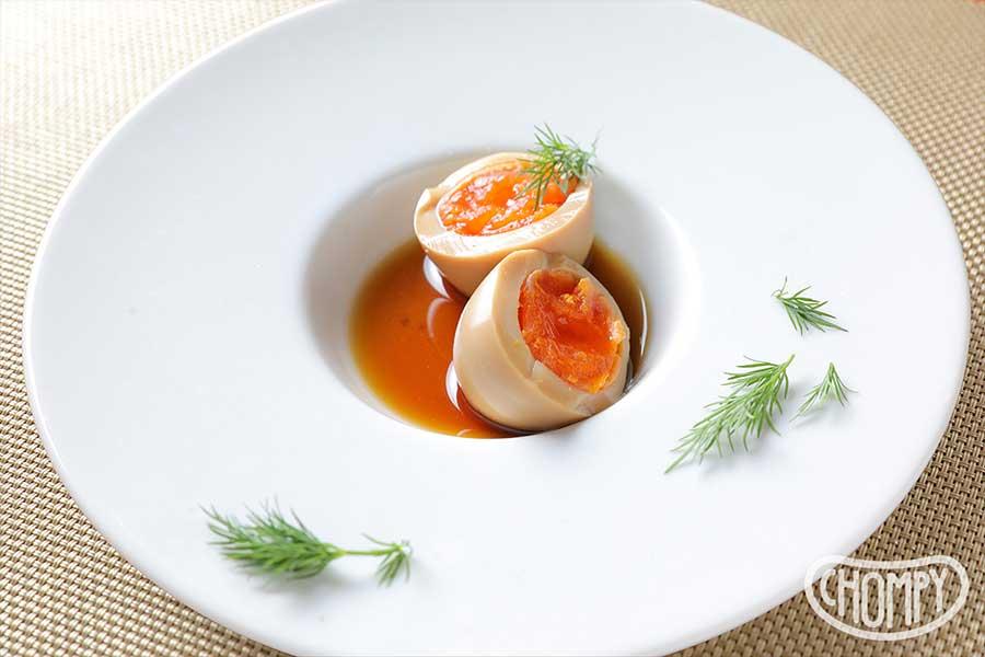 半熟煮卵のイクラのせ